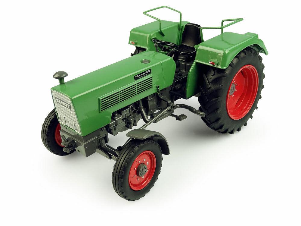 1 32 scale Fendt Farmer 105S - 2WD Die-cast Model - J5276