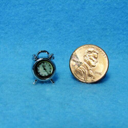 Dollhouse Miniature Alarm Clock in Silver ~ G7001
