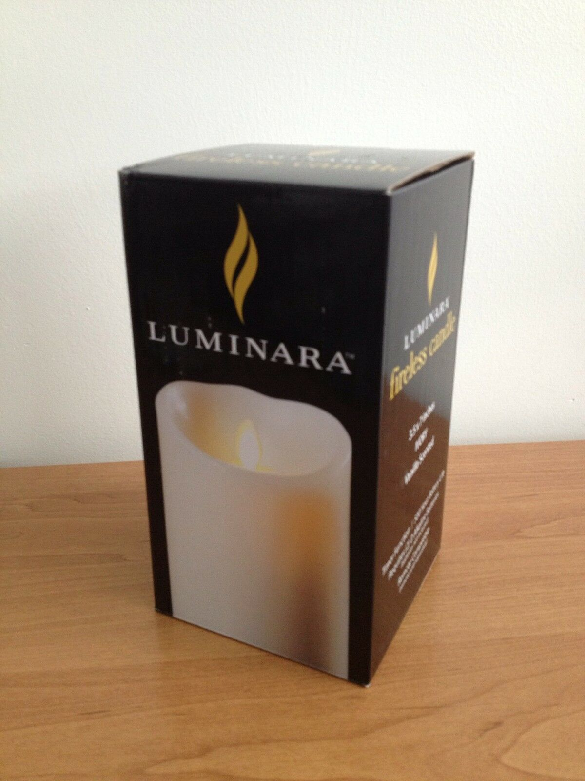 New Vanilla Scented Luminara Flameless 5  and 7  Candles w  free remote