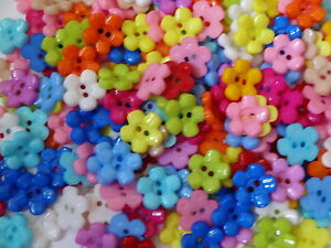 12-Daisy-buttons-15mm-12-Daisy-flower-buttons-15mm-various-colours