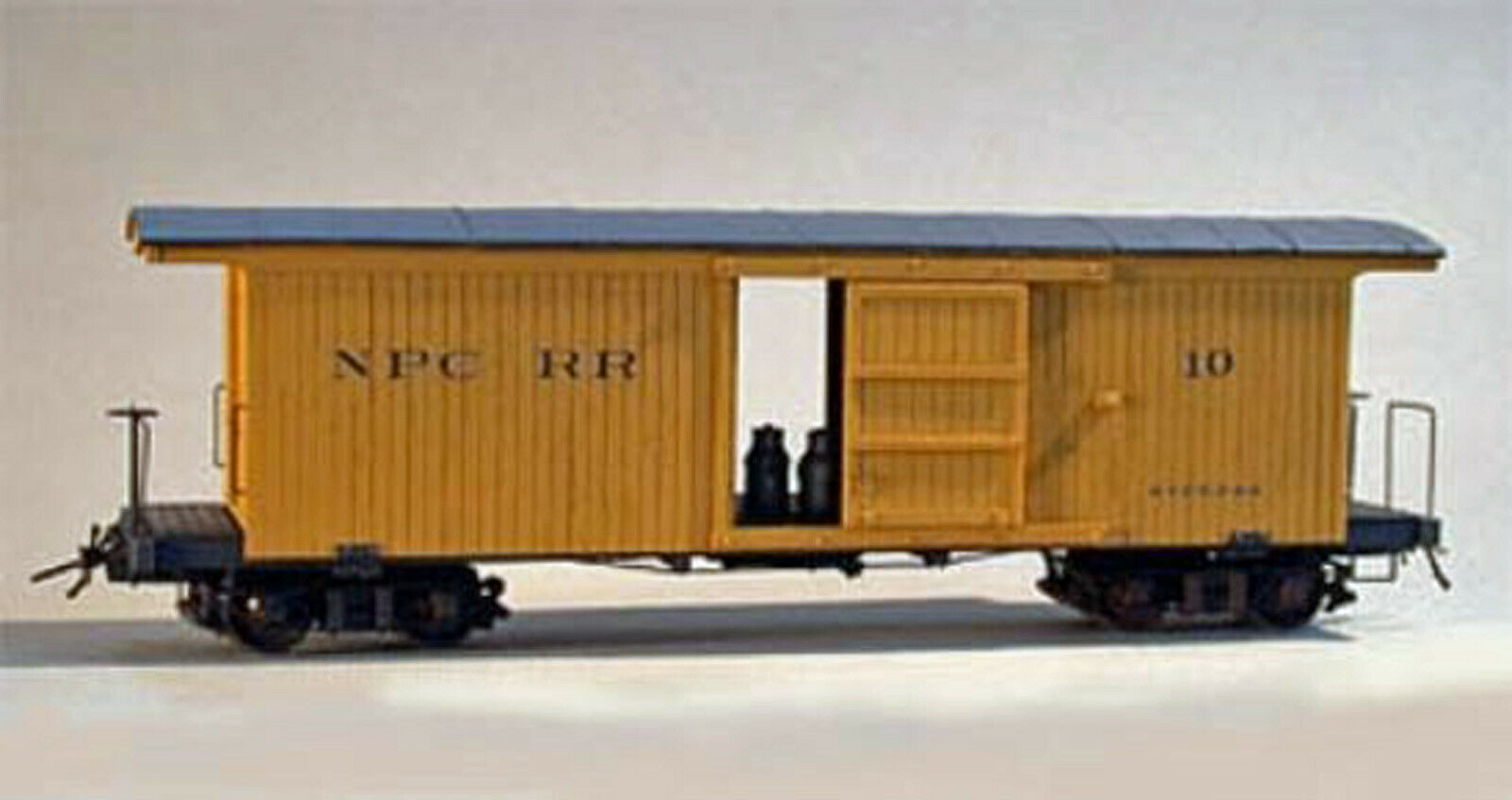 NPC BAGGAGE EXPRESS CAR Model Railroad On3 On30 Unpainted Plastic Kit DF111