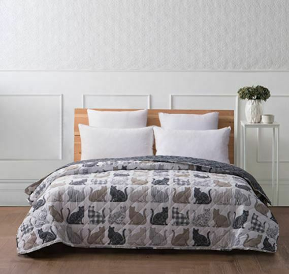 Cats Silhouette Gingham Stripes Plaid Floral Bedroom Quilt King Queen Full Size