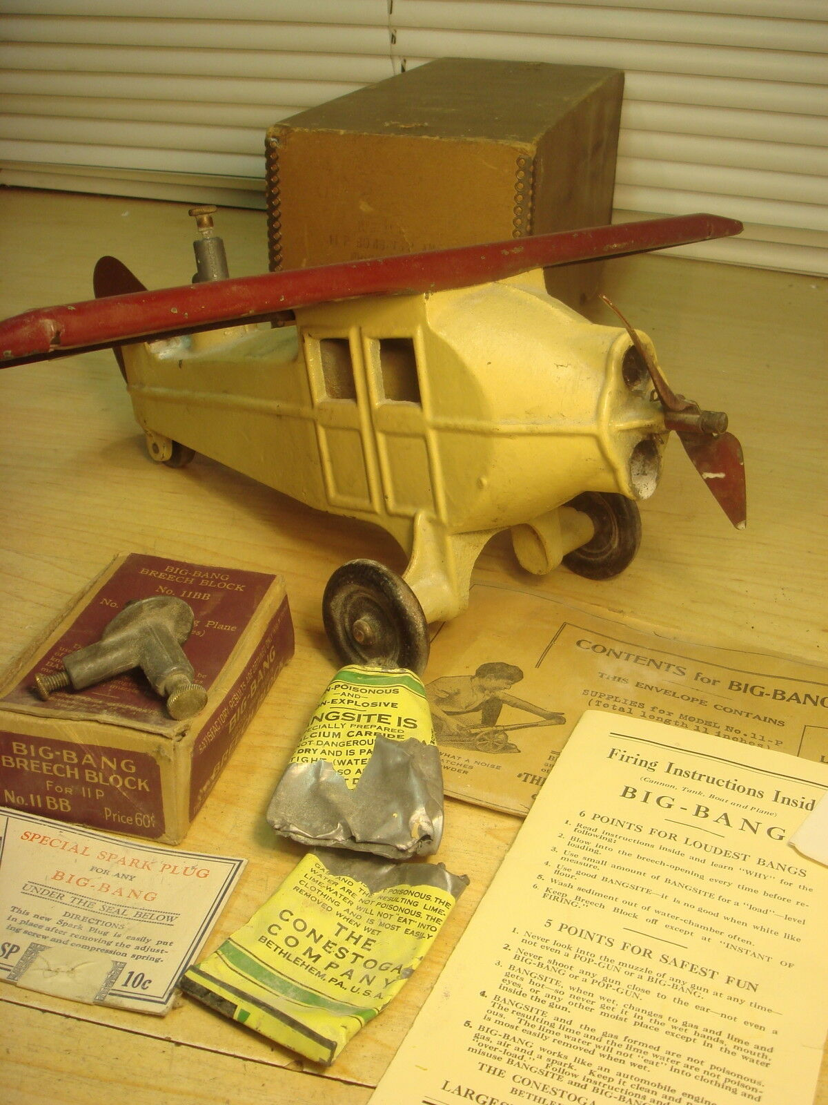 20s Big Bang Cast Iron Carbide AIRPLANE w Paperwork Orig Box VG+Deal
