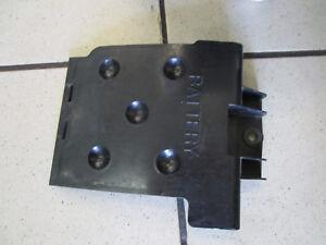 B5-Honda-CB-500-PC-32-Battery-Compartment-Cover-Lid-Fairing