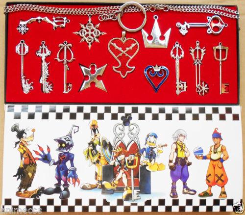 13pcs Kingdom Hearts II Necklace Set Pendant Keyblade Keychain New in box Silver