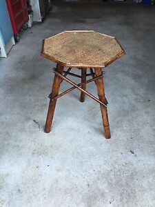 wooden occasional table - Holsworthy, United Kingdom - wooden occasional table - Holsworthy, United Kingdom