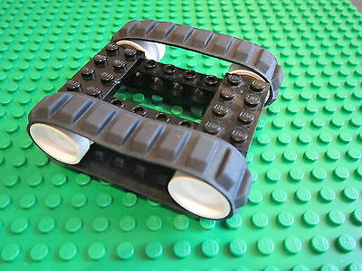 LEGO 2 BLACK Caterpillar Rubber Track 1 x 8 Brick /& Pins 4 Technic Wheel