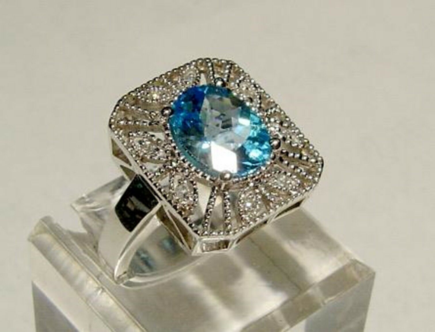Brand New 14k White gold DIAMOND - blueE TOPAZ Ring-Free Shipping