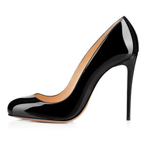 Shoes worn with the little black dress should be of very good to excellent quality because they are a feature piece and people's eyes will be drawn to them with your black dress backdrop. Try plain black and unadorned flats for a casual look suitable for the office or an informal event.