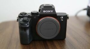 Sony-a7ii-Camera-In-Excellent-Condition