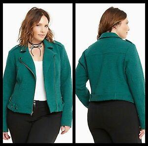 d3ebffcdc3 NWT Torrid Women s Plus Size 2 2X Kelly Green Textured Knit Moto ...