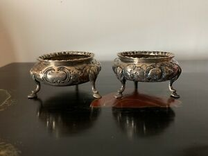 A-Pair-Of-Antique-Early-Victorian-Sliver-Salts