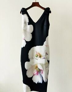AUTH-Ted-Baker-SOLEIA-Floral-Print-Sleeveless-V-neck-Bodycon-Dress-0-5