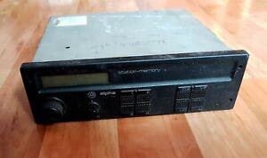 VW-Alpha-KMS-1086V-357035156-Car-Radio-Hitachi-defekt