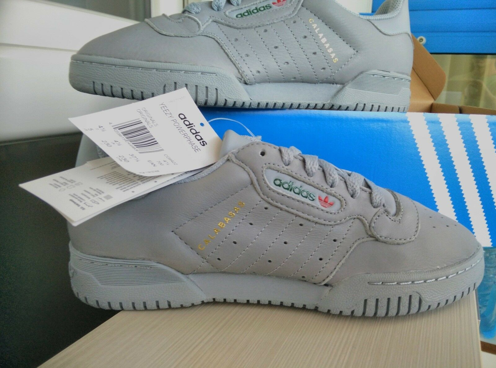 Adidas Yeezy Powerphase Calabas IT 37 1 3 uk 4.5 US 5 NEW    Sold Out