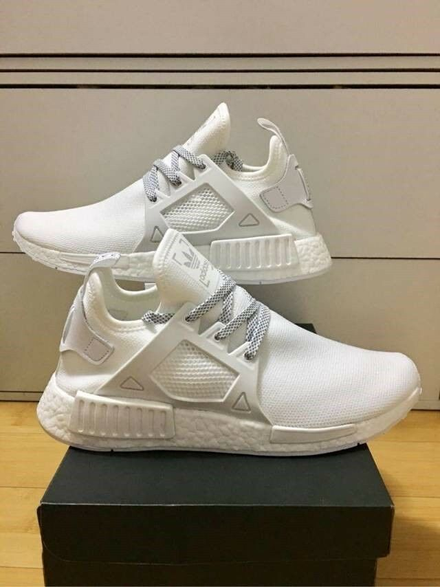 Men's Adidas NMD XR1 Vintage White Size 11 Boost