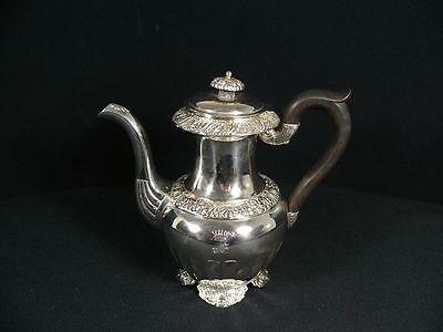 800 Silber Teekanne Mit Holzhenkel / Kanne / Florales Dekor / Echtsilber Von Der Konsumierenden öFfentlichkeit Hoch Gelobt Und GeschäTzt Zu Werden