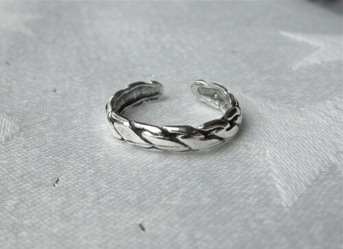 LINK TWIST DESIGN TOE RING 925 STERLING SILVER