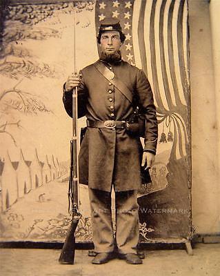 CIVIL WAR UNION SOLDIER VINTAGE PHOTO FORAGE CAP BAYONETED MUSKET  #21327