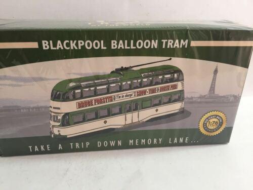 Trolley car Blackpool Balloon Tram 1960 1:76 Ixo Atlas Diecast
