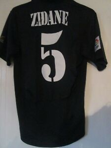 dda683e07a1 Real Madrid 2001-2002 Away Zidane 5 Football Shirt Size Adult Small ...