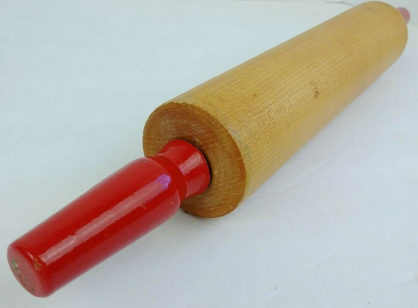 Wood Rolling Pin Baribo-Maid Maple Rolling Pin made by a division of Baribocraft Baribocraft Rolling Pin Quebec Canada
