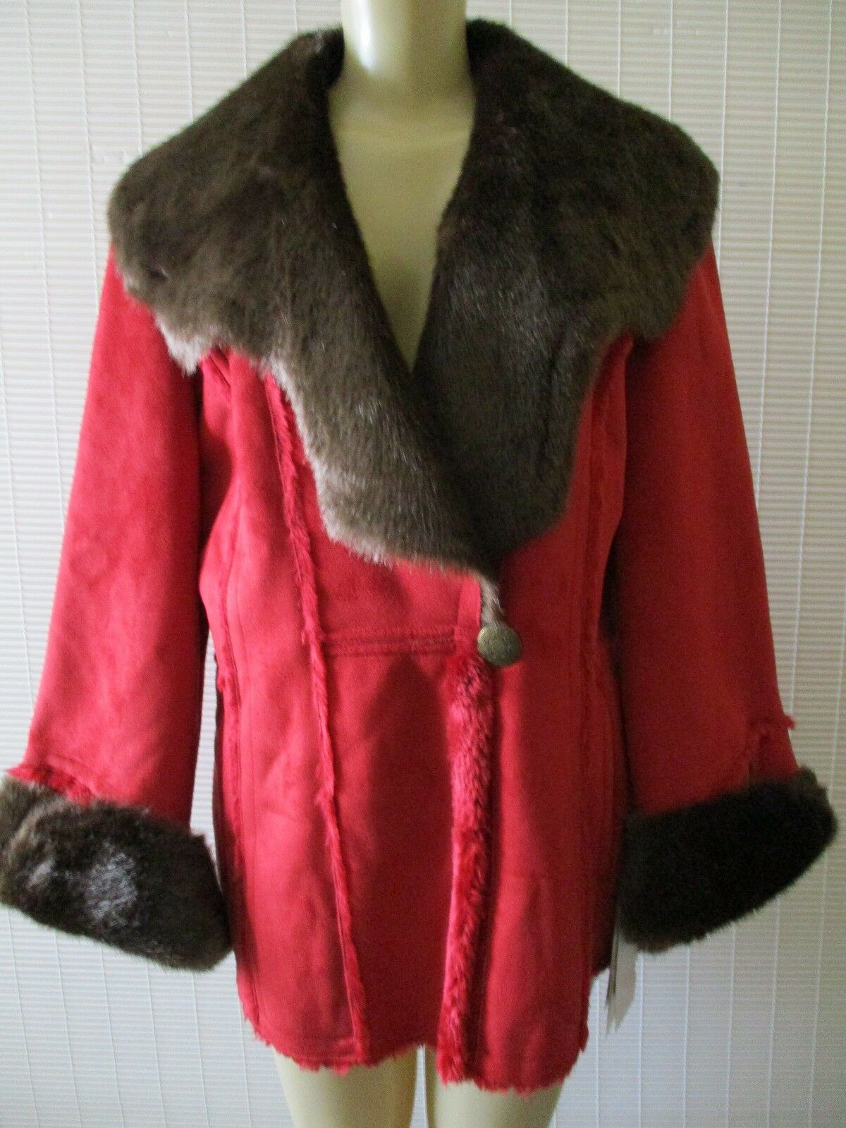 TERRY LEWIS RED LONG SLEEVE FAUX SUEDE COAT WITH SHAWL COLLAR SIZE M - NWT