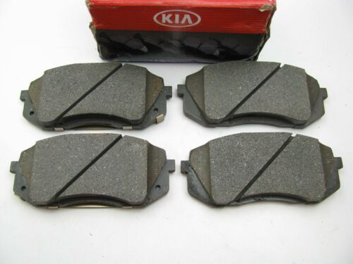 New Genuine Front Disc Brake Pads OEM For 2011-2015 Kia Sportage 581012SA00