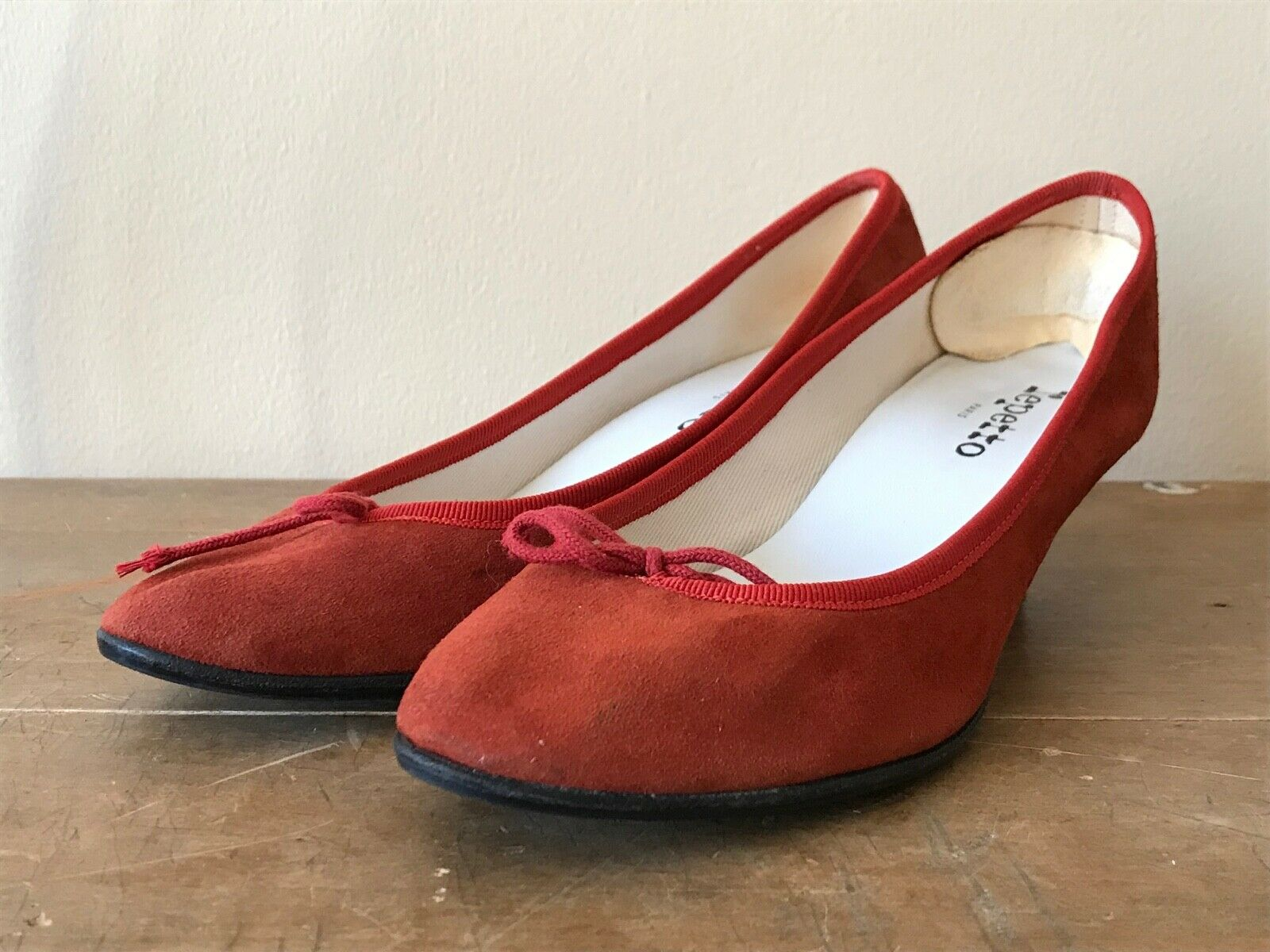 9da0080bfab Repetto Shimmer Red Kitten Heel Ballet shoes 39 US US US Size 7.5 ...
