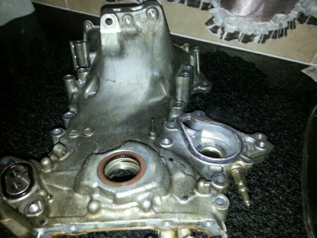 Toyota yaris t1 oil pump for sale