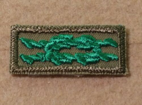 NEW 1969~1983 A01032A Scouter/'s Training Award Square Knot 1947~1958