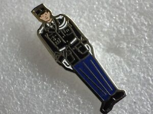 Pin-039-s-Vintage-Collector-Pins-Collection-Adv-Constable-Lot-PO96