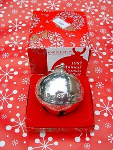 Wallace-Silver-Plated-Sleigh-Bell-17th-edition-1987