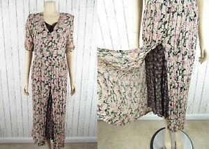 Vintage 90s Crinkle Floral Mini Dress