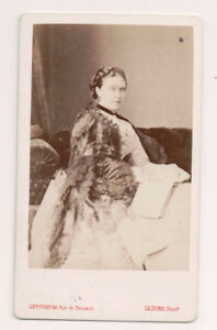 Vintage-CDV-Victoria-Princess-Royal-Empress-Frederick-of-Germany-Levitsky-photo