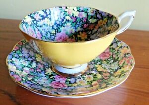 RARE-Chintz-Royal-Standard-Tea-Cup-amp-Saucer-Chintz-inside-and-on-saucer