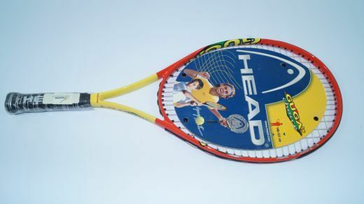 NEUHEAD Guga 64 Jr. Tennisschläger Junior L0 = 4  racquet strung Ti. Kinder
