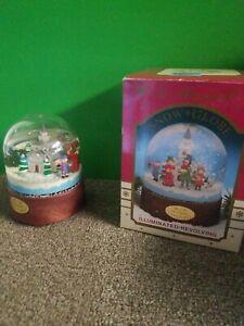 Vintage-Kurt-Adler-Christmas-Musical-Snow-Globe-1989-Illuminated-Revolving