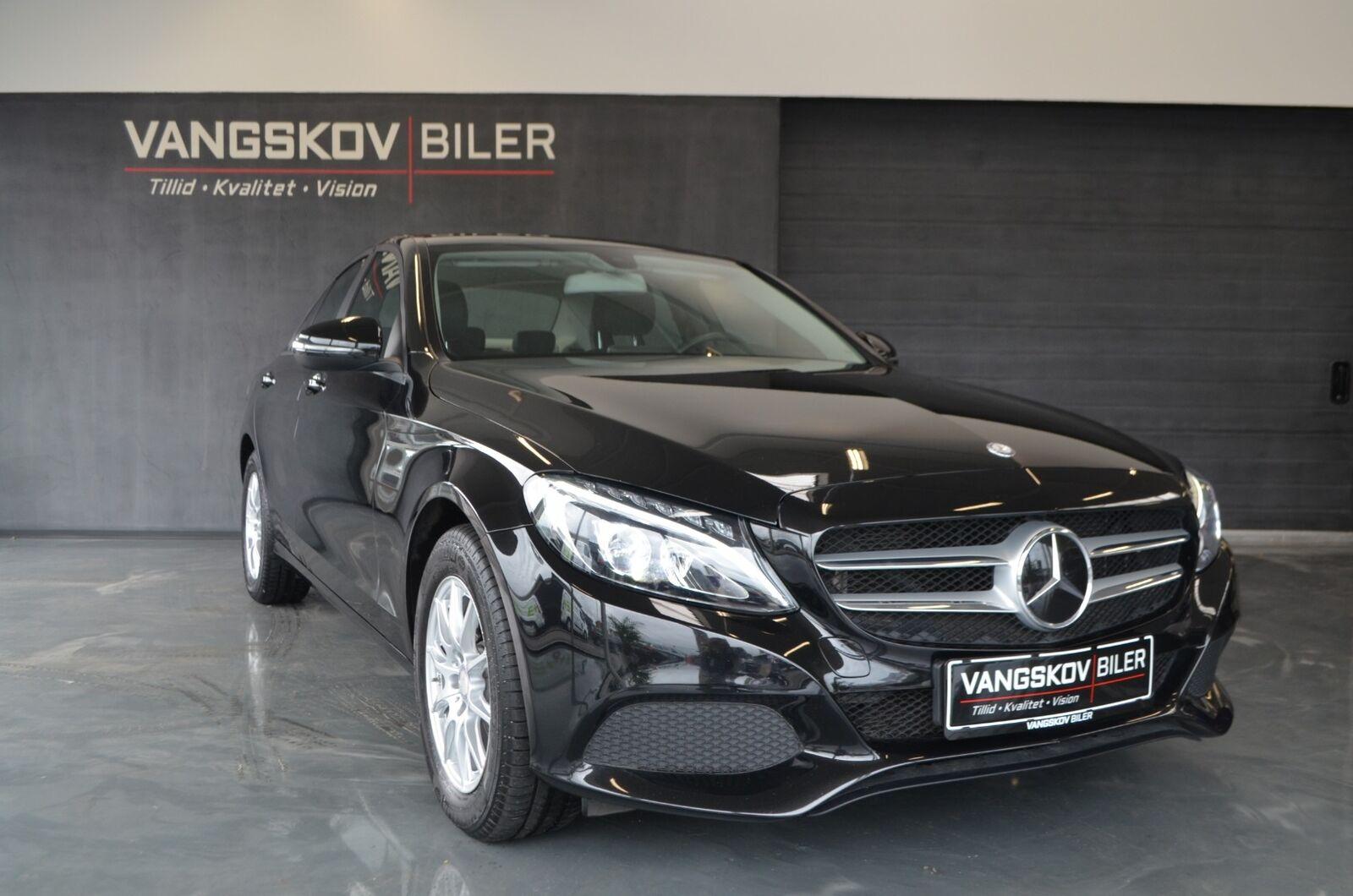 Mercedes C220 d 2,2 Business aut. 4d - 324.895 kr.