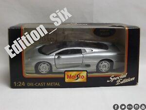 Maisto-1-24-Jaguar-Xk220-Clasico-Britanico-Super-coche-NUEVO