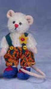 """DEB CANHAM """" CHICO MOUSE"""" MINI MICES COLLECTION-LIM ED WHITE MOHAIR MOUSE"""