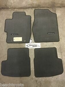 2004 2008 solara convertible carpet floor mats charcoal gray genuine toyota ebay. Black Bedroom Furniture Sets. Home Design Ideas