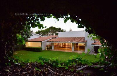 Residencia para remodelar en Coto en Colinas de San Javier