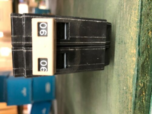 new co G Cutler Hammer CH290 breaker