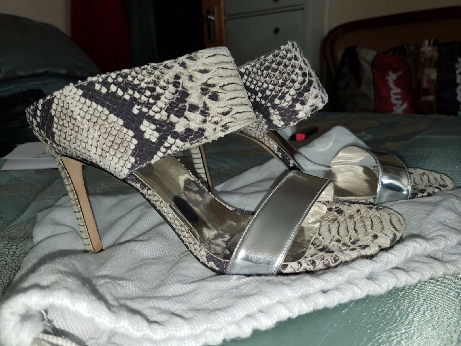 Russell & Bromley Bromley Bromley ladies Größe 6 snake skin schuhe new & unused 6cb920