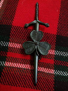 TC Irish Shamrock Kilt Pin Black Chrome Finish//Irish Shamrock Kilt Pin//KILT PINS
