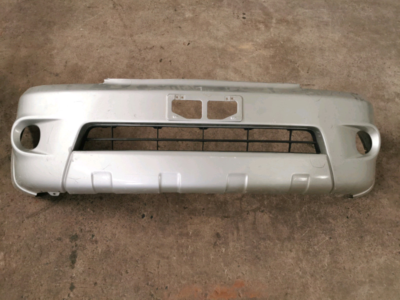 Toyota Hilux 2005 Silver Front Bumper