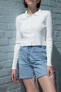 brandy-melville-ribbed-crop-long-sleeve-white-button-up-Caroline-top-NWT-sz-S
