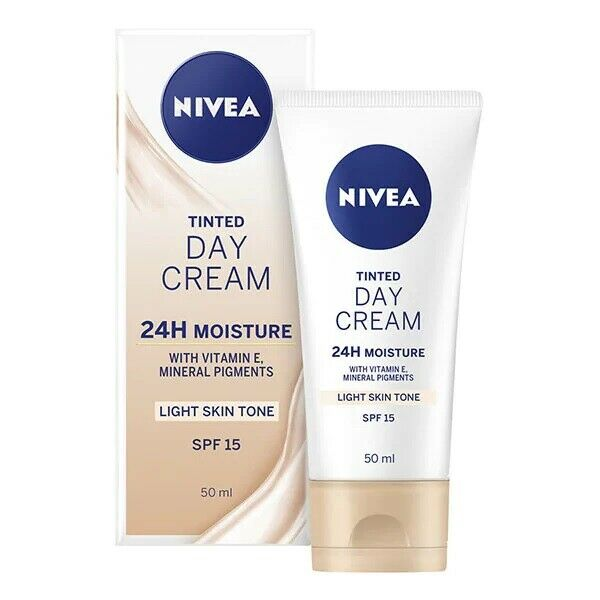 Nivea Face Tinted SPF15 Day Cream 50ml, Vitamin E Light Skin Tone +24h Moisture