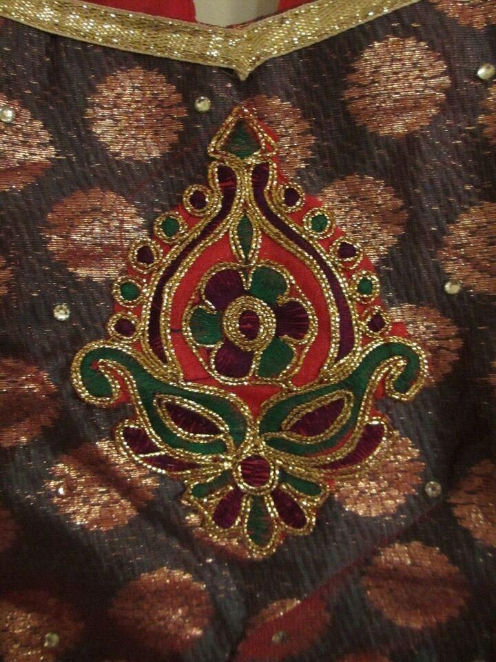 Kjole, af silke, todelt med matchende sjal